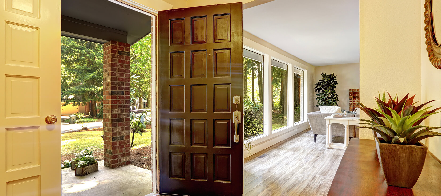 7 Best Door Colour Combination Ideas