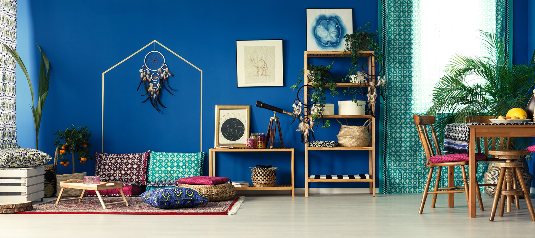 The Most Unusual Ways to Play With Blue in Your House
