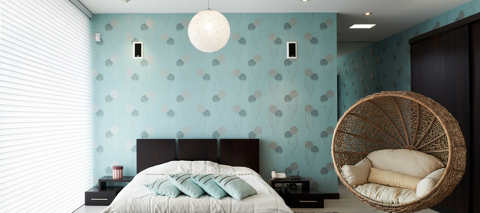 Two Colour Combination Ideas for Awesome Bedroom Decor